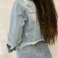 Jaqueta jeans detalhe costas